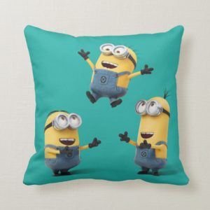Despicable Me   Minions Jumping Throw Pillow