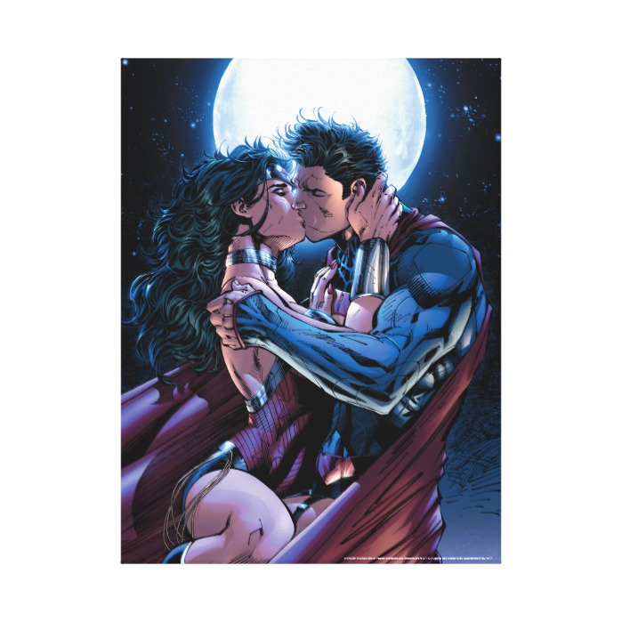 wonder woman superman kiss