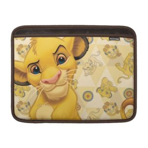 Lion King | Simba on Triangle Pattern MacBook Air Sleeve