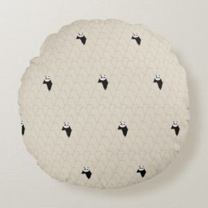 Po Ping Silhouette Pattern Round Pillow