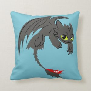 Toothless Flying Illustration Throw Pillow